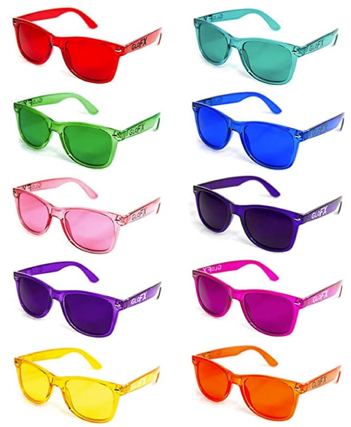 Colored glasses for chromotherapy