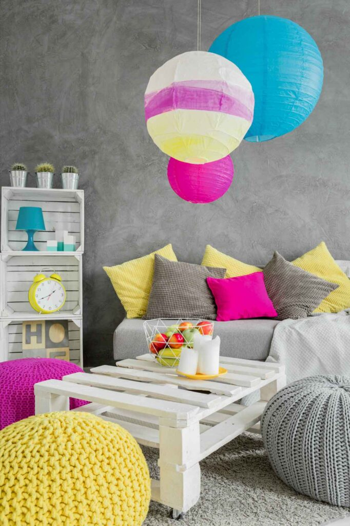 Magenta, blue, yellow, and red living room is a good example of square colors