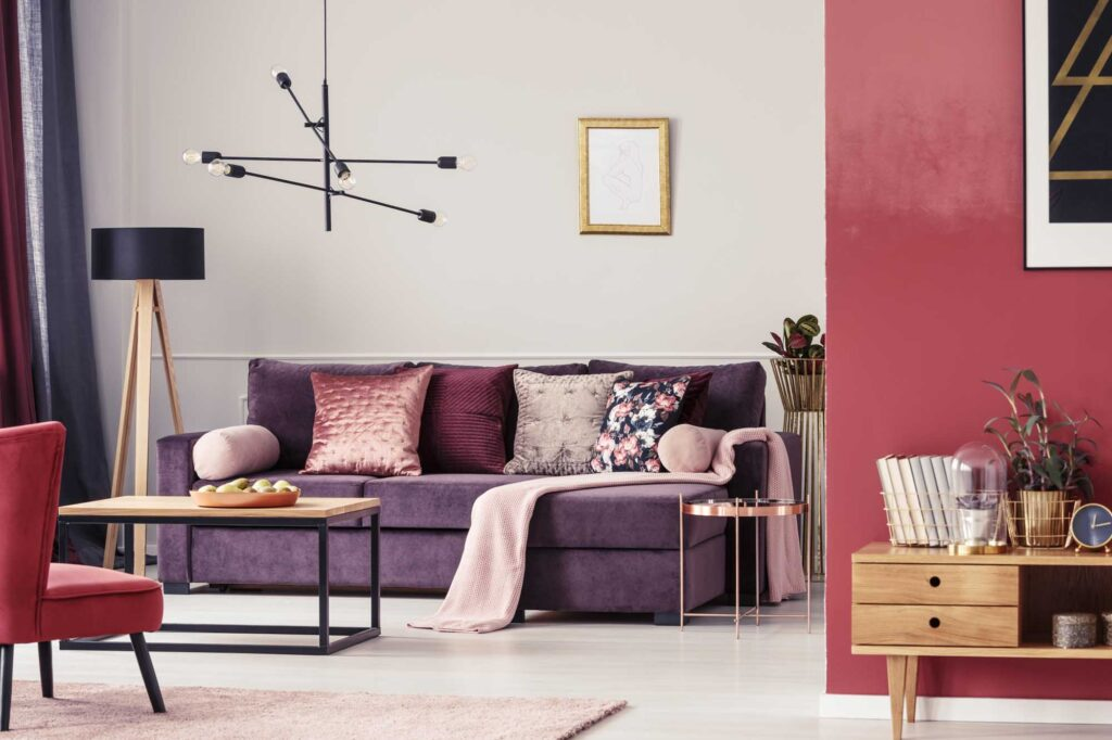 Purple and red living room, great example of analogous colors