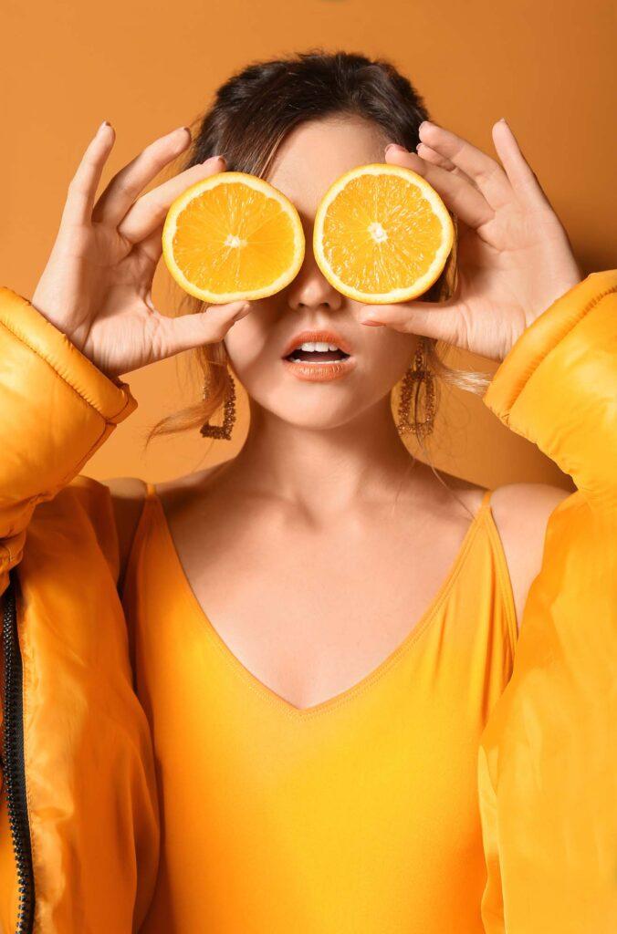 Monochromatic orange outfit